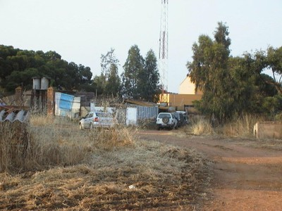 Ocupaciones ilegales (2004, foto 40)