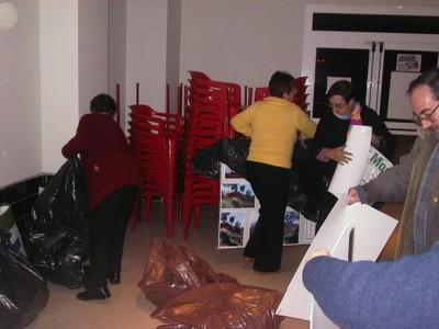 Recogida de la exposición fotográfica en La Orden (2005, foto 2)