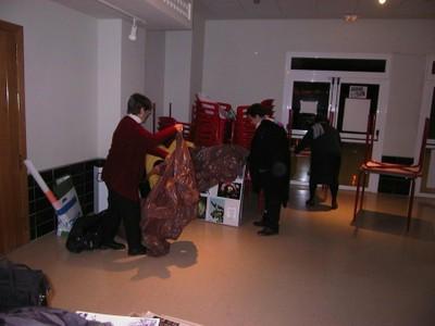 Recogida de la exposición fotográfica en La Orden (2005, foto 7)