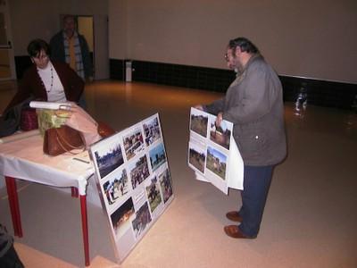 Recogida de la exposición fotográfica en La Orden (2005, foto 8)
