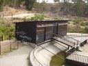 Destrozos en la caseta de la laguna del Parque Moret